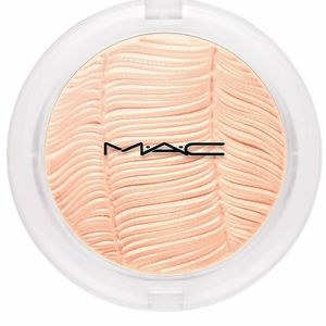 BNIB LE MAC Postmodernist Peach Extra Dimension Sk